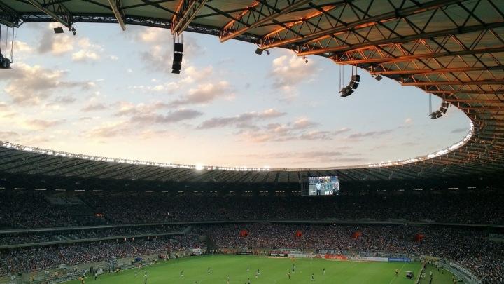 Pohled na fotbalový stadion