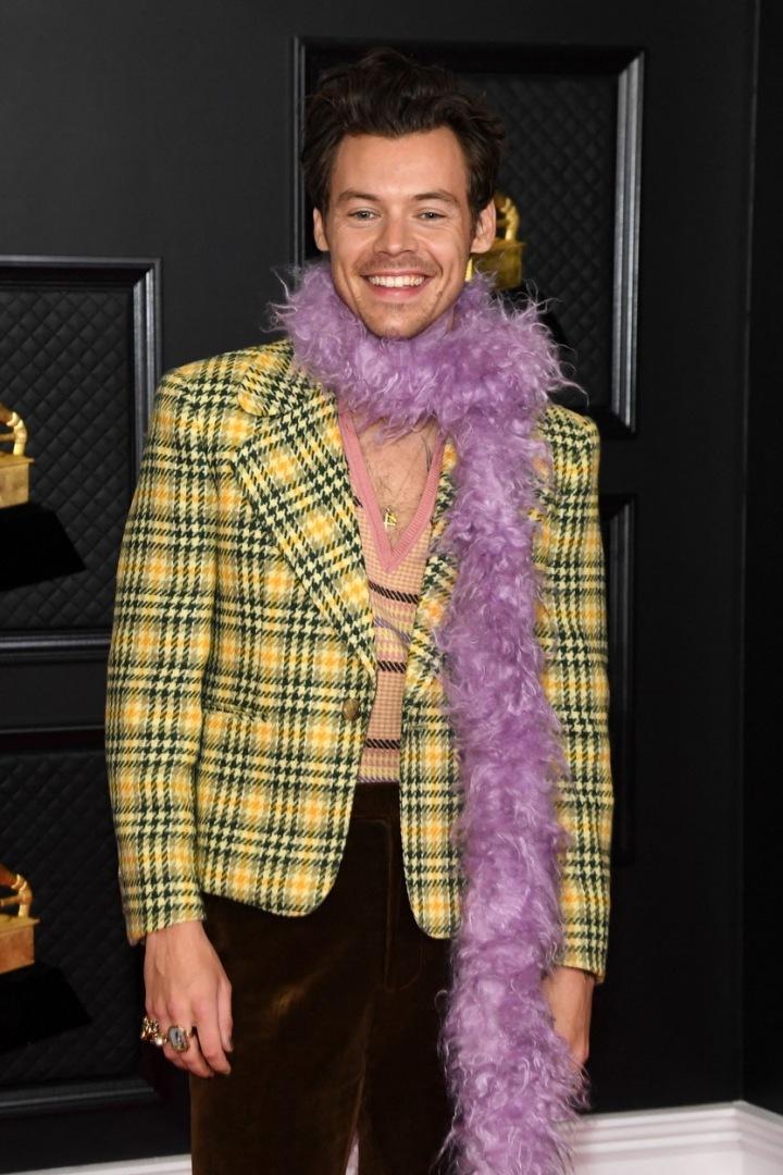 Harry Styles v obleku Gucci
