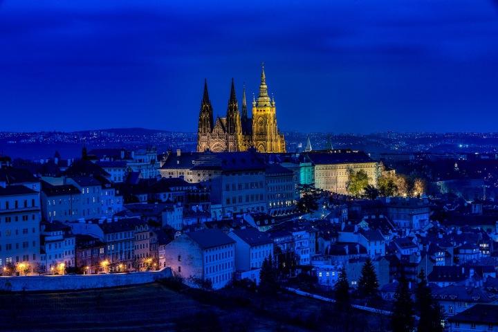 Noční pohled na Prahu