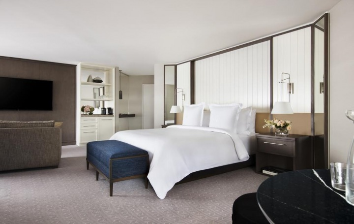 Hotel Four Seasons v Sydney.