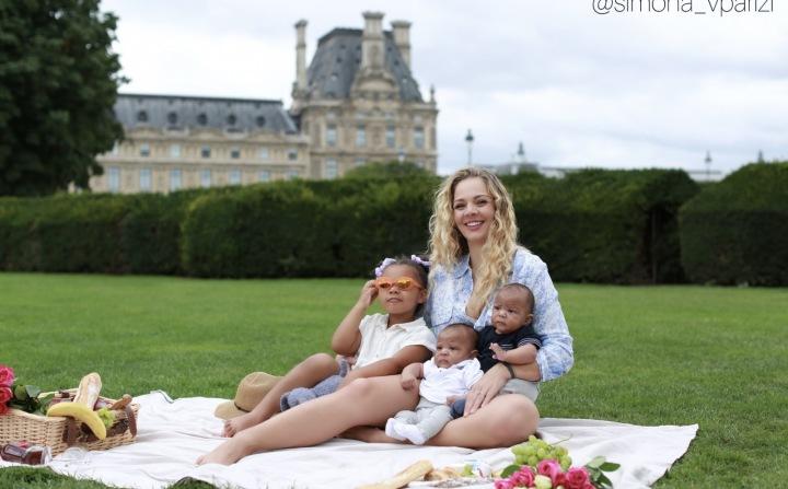 Simona s dětmi.