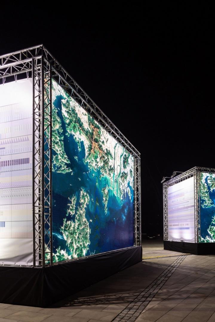 Instalace Signal Festivalu oslavy Dne Země.