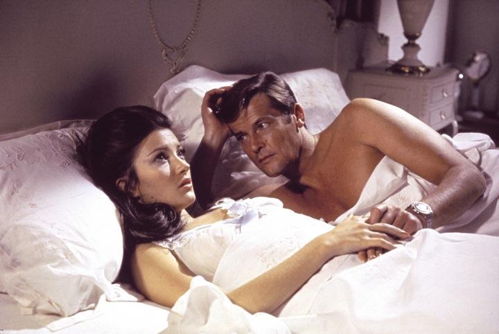 Jane Seymour jako Bond girl Solitaire.