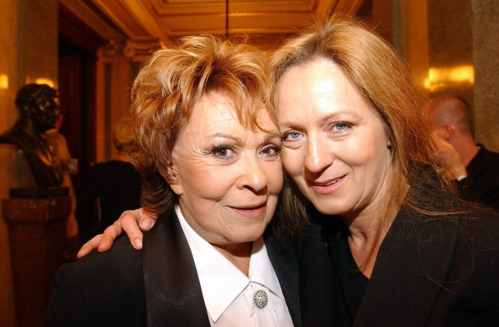 Jiřina Bohdalová s dcerou Simonou Stašovou.