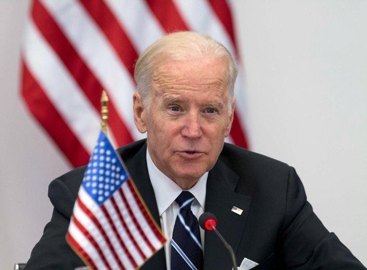 Joe Biden mluví