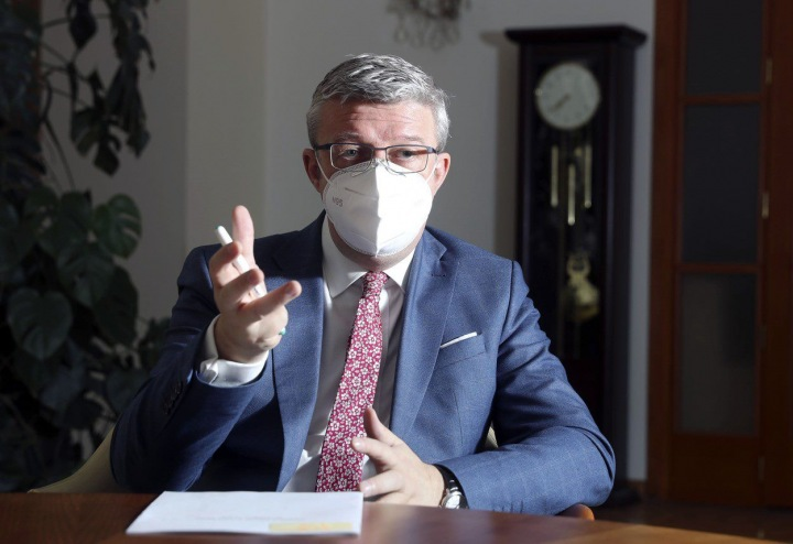 Ministr průmyslu a obchodu a ministr dopravy Karel Havlíček