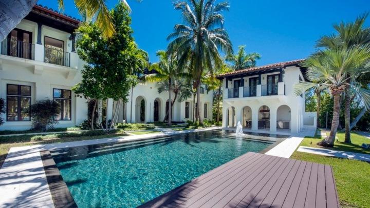 Karlie Kloss s manželem koupili dům za 23,5 milionu dolarů