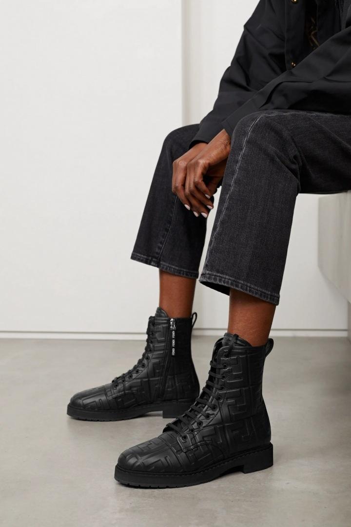Kotníkové boty Fendi.