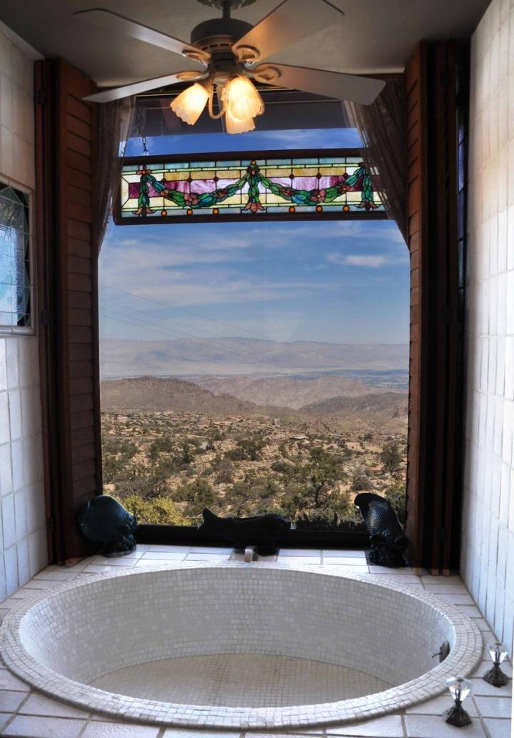 Výhled z koupelny