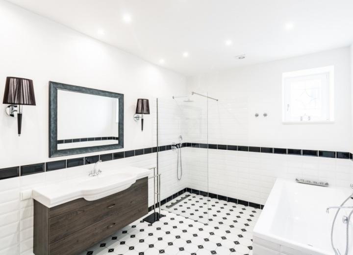 Koupelna ve vile v Šáreckém údolí