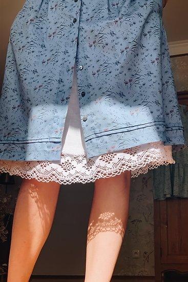 Spodnička s paličkovanou krajkou