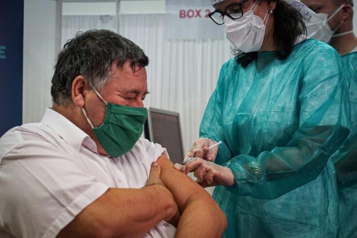 První očkovaný Slovák Štefan Krčméry