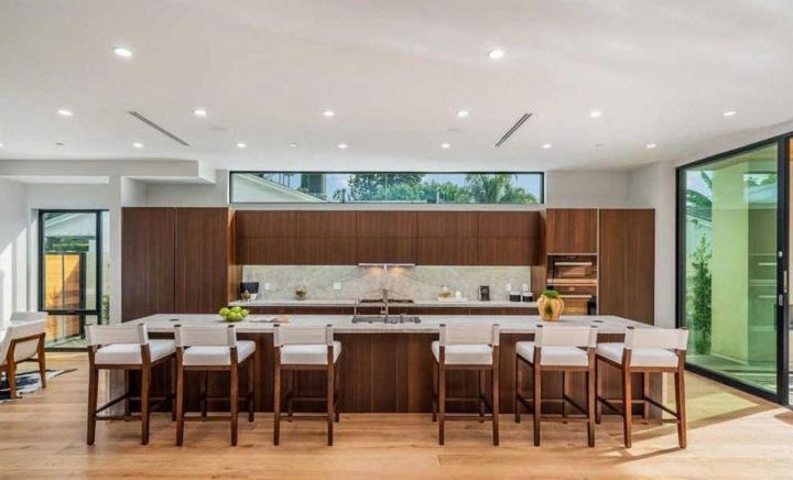 Kuchyně v sídle Johna Legenda, Hollywood