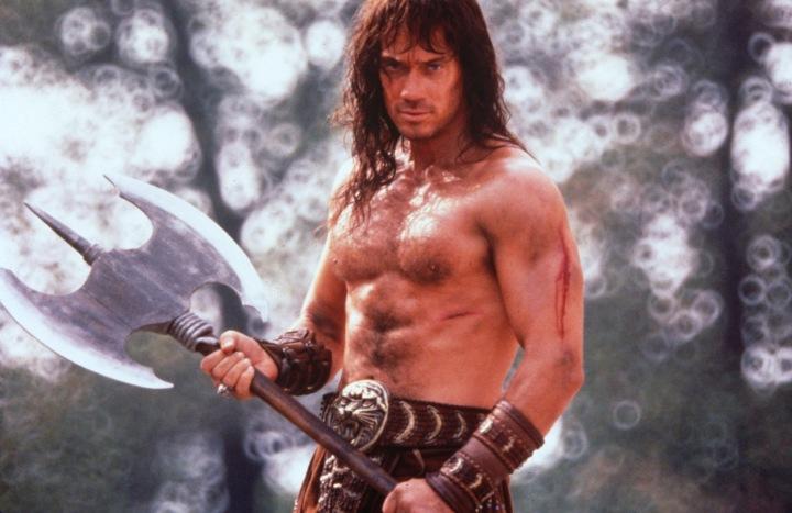 Kevin Sorbo žádal během natáčení nahradit skutečné meče replikami.
