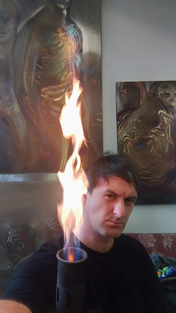 Vlna je jediný, kdo pracuje s ohněm a ocelí.