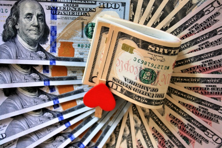 Láska k penězům