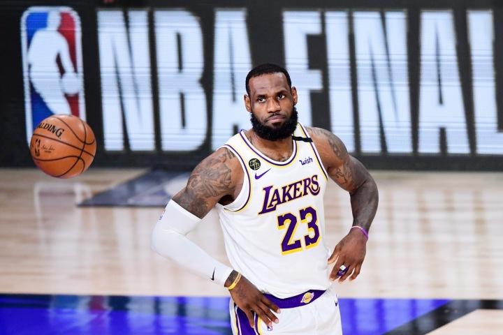 Hvězdný americký basketbalista LeBron James