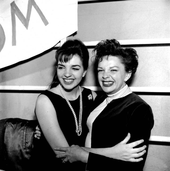 Liza Minnelli s matkou.