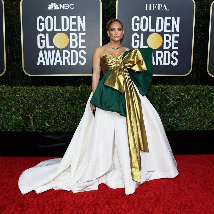 Jennifer Lopez - šaty Valentino Couture
