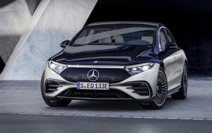 Luxusní elektromobil Mercedes-Benz 2022 EQS