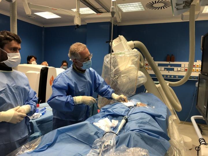 Jeho tým voperoval nový typ kardiostimulátoru první pacientce v Evropě.