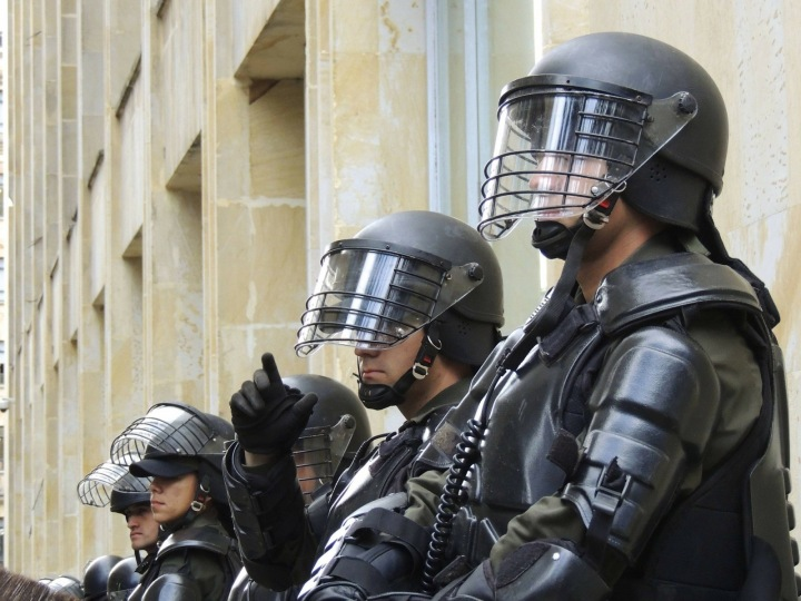 Muži od policie
