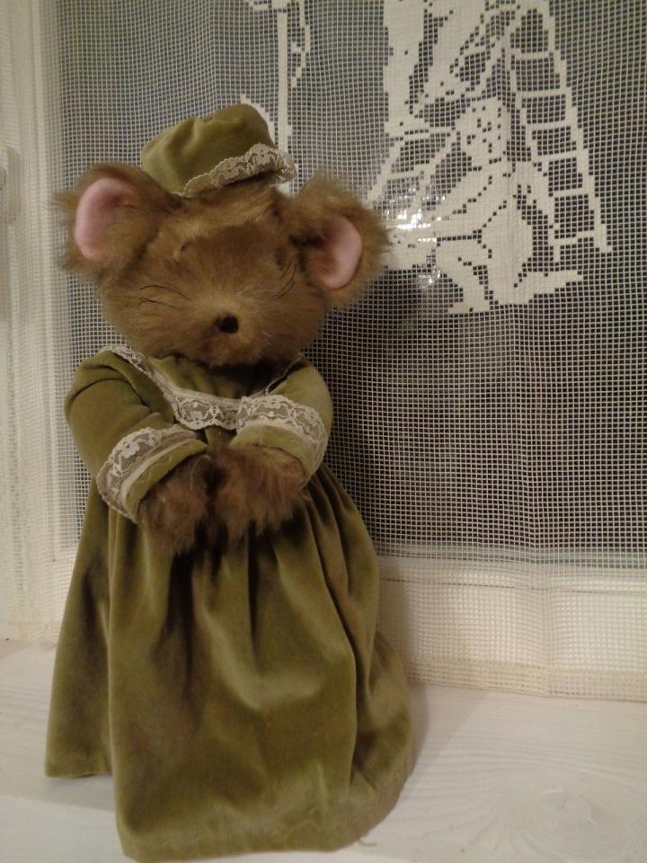 Myš, ve které se ukrýval majetek.