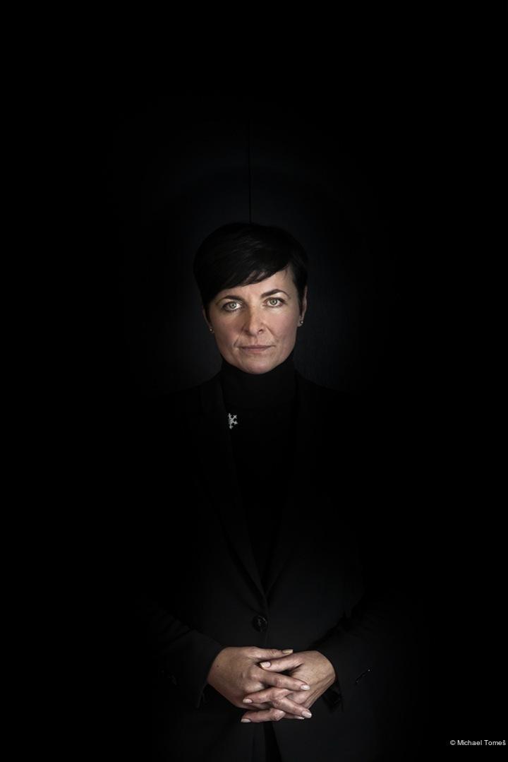 Michael Tomeš, Lady in Black. Nominovaný v kategorii Portrét