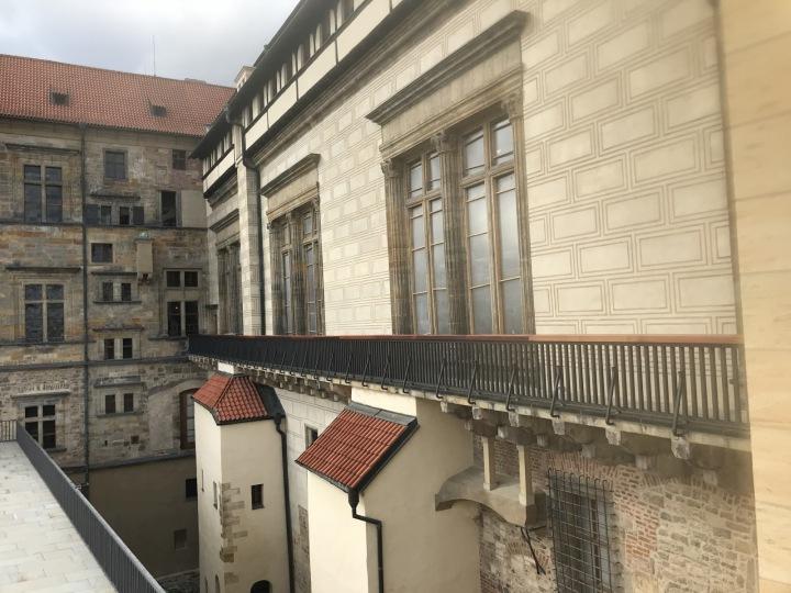 Okna Vladislavského sálu