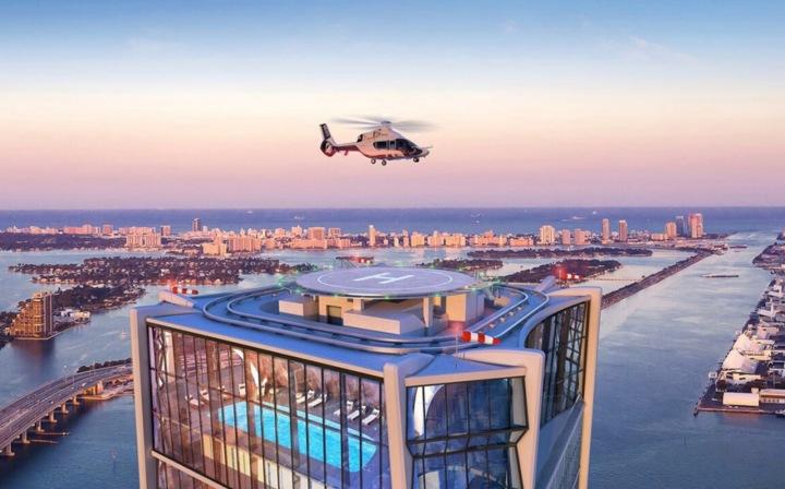 Penthouse manželů Beckhamových, střešní soukromý heliport
