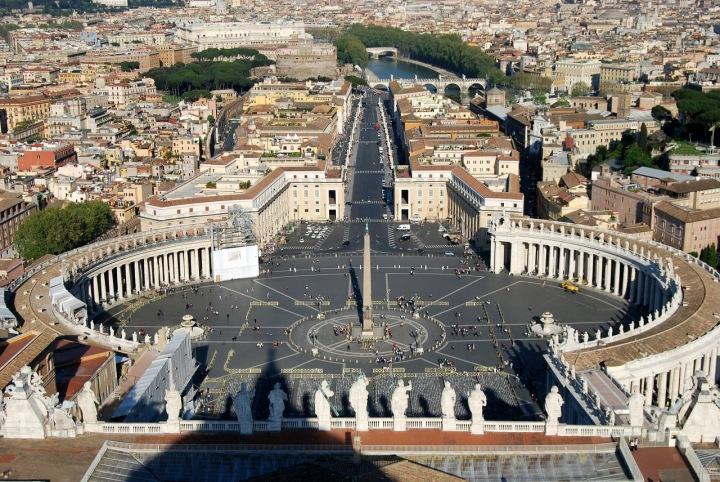 Piazza San Pietro ve Vatikánu