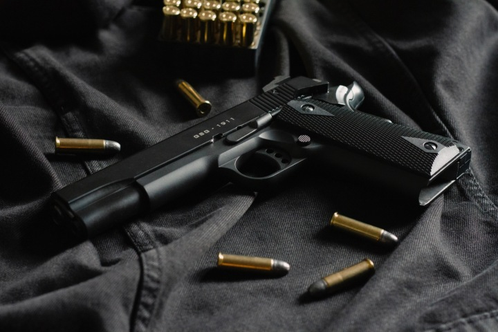 Pistole s municí
