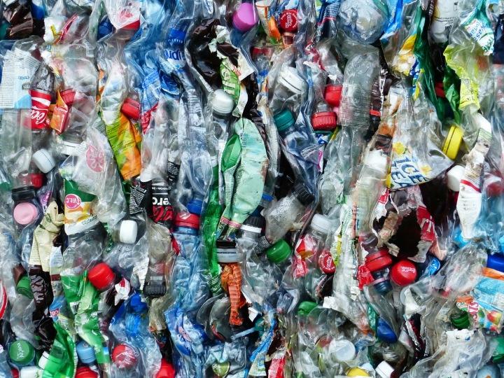 Plastové lahve a obaly