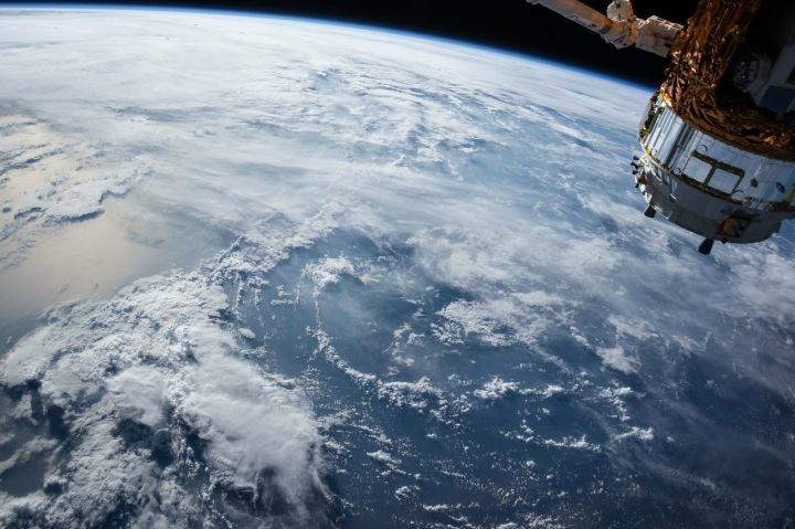 Pohled na planetu Zemi z vesmíru