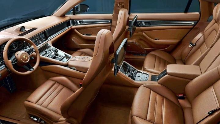 Porsche Panamera interiér