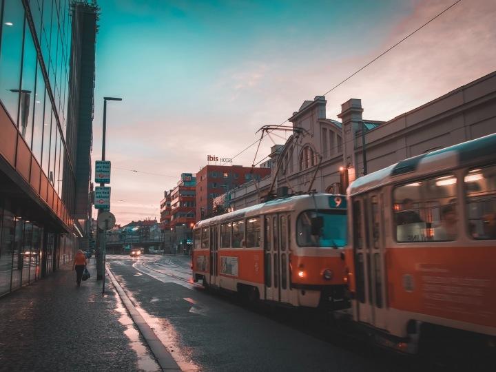 Tramvaj na pražském Andělu