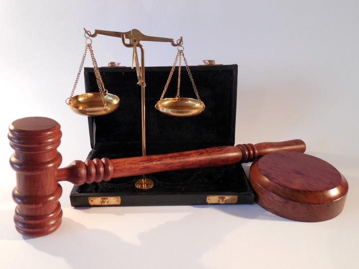 Právnické soudní artefakty