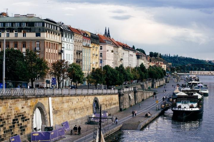 Náplavka v Praze