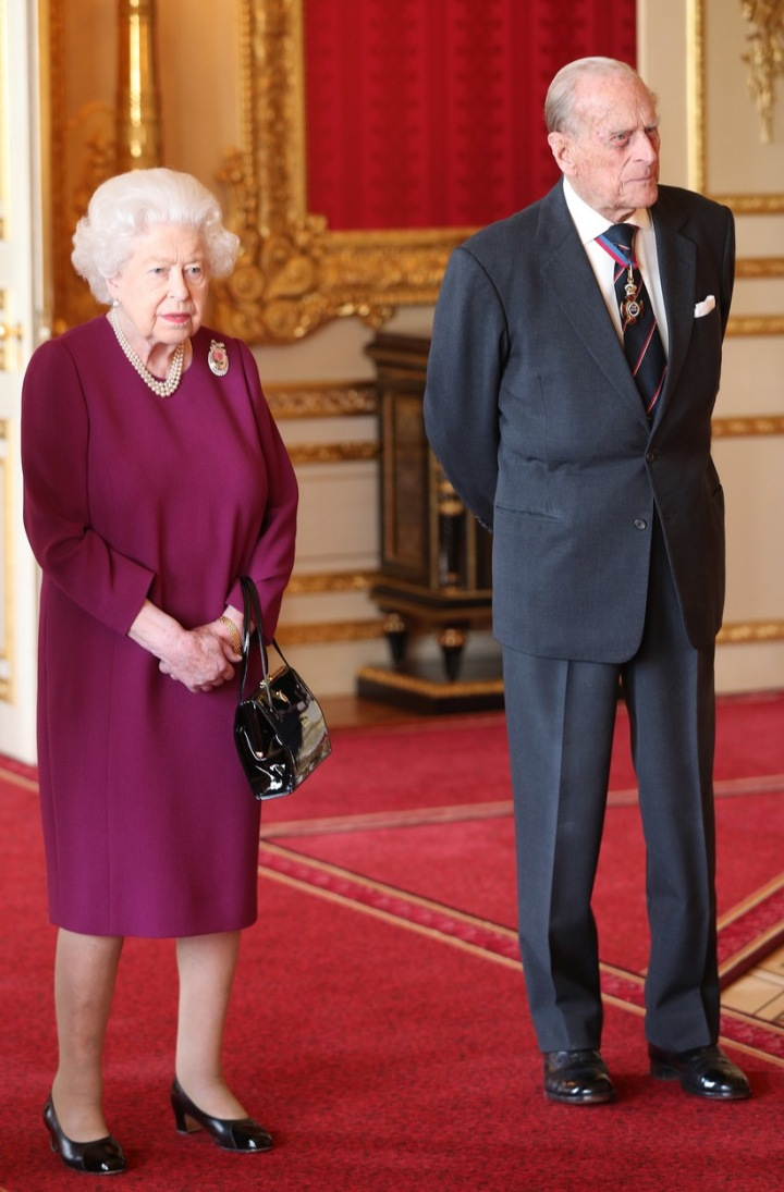 Manželský pár poprvé spolu na veřejnosti po princově autonehodě.
