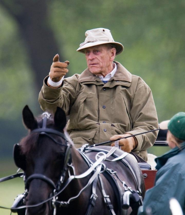 Princ Philipe na koni.