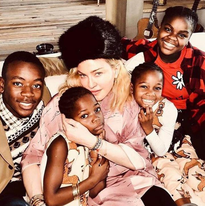 Madonna se svými adoptivními dětmi