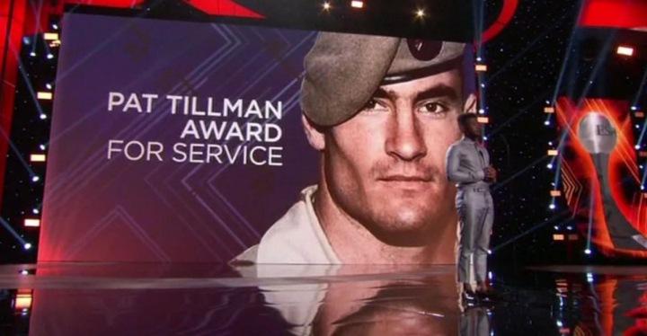 Pat Tillman Award - pocta těm, co pracují v armádě