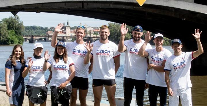 Český tým v olympijském oblečení