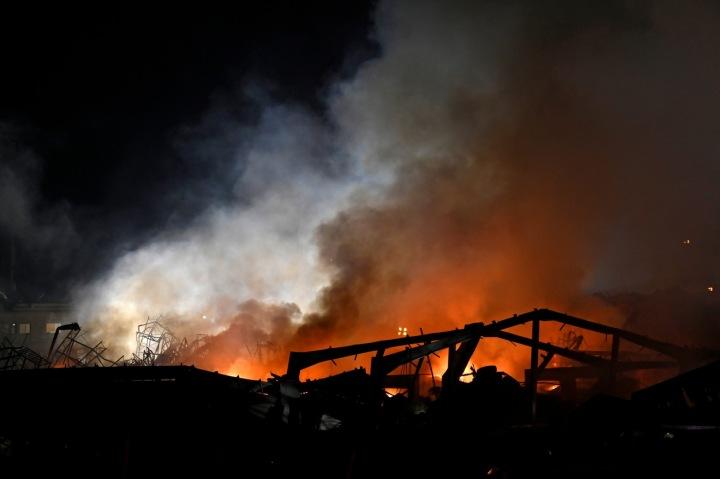 V bejrútském přístavu vypukl požár