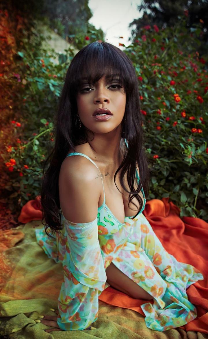Rihanna si letos koupila již druhý dům
