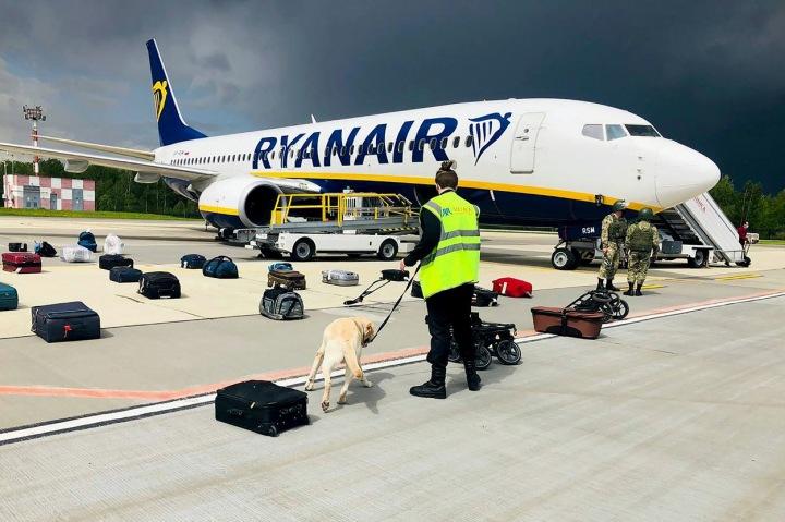 Vše odstartoval odklon letadla společnosti Ryanair