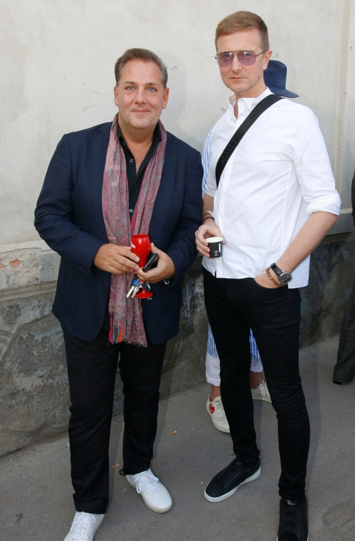 Saša Jány (vpravo Václav Dejčmar)