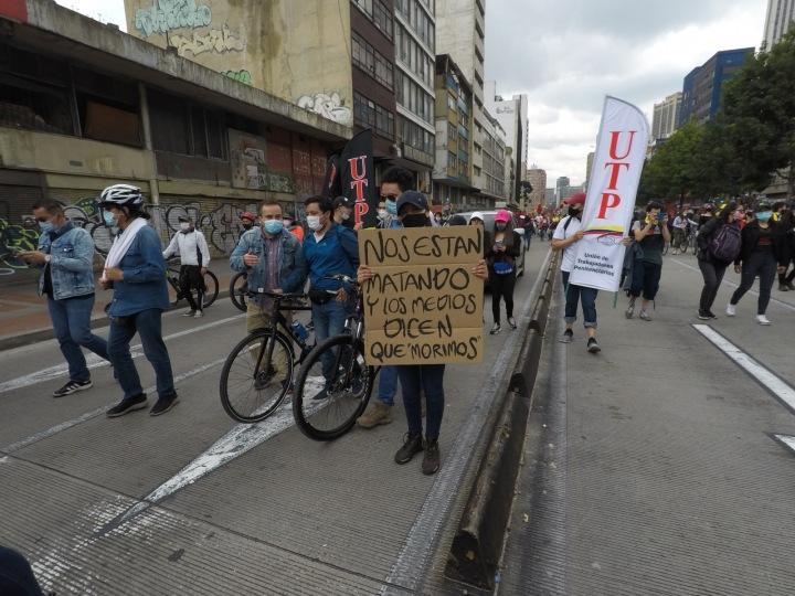 Demonstranti v kolumbijské Bogotě
