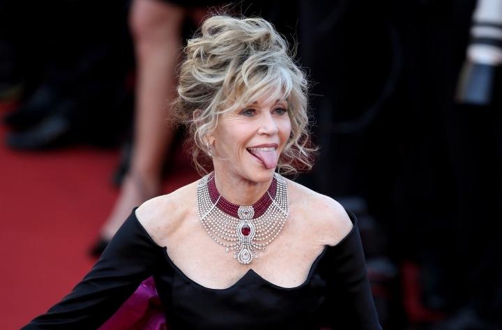 Jane Fonda na červeném koberci