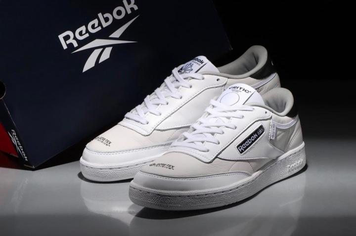 Nové tenisky od Reebok a CRITIC WEAR